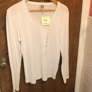 Anne Klein white v neck long sleeve tee
